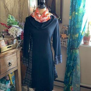 👗🛍Reborn Dress Brand New Black & Plaid👗🛍